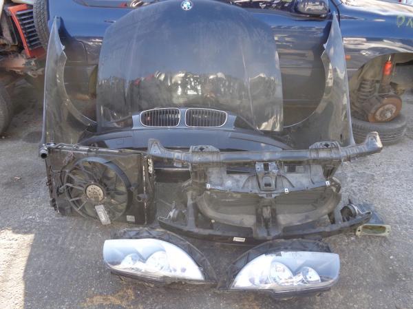 Εικόνα από Μούρη κομπλέ  BMW E81 E87 116 S1 (2004-2011)     χωρίς αερόσακους, καπό, φτερά, φανάρια, ψυγεία κομπλέ, μετώπη, τραβέρσα