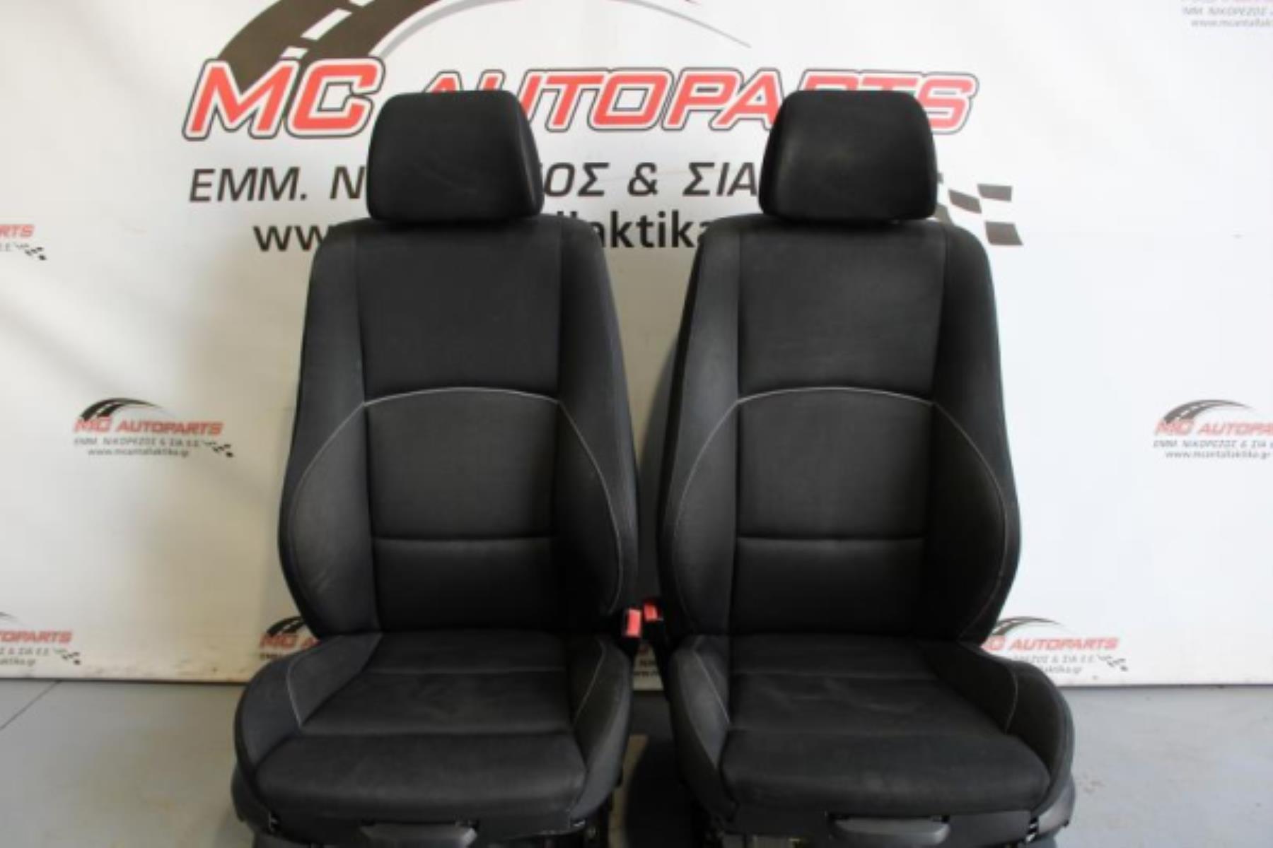 Εικόνα από Σαλόνι  BMW E81 E87 116 S1 (2004-2011)     4π μαύρο ασημί ρίγα ύφασμα airbag ηλεκτρικό