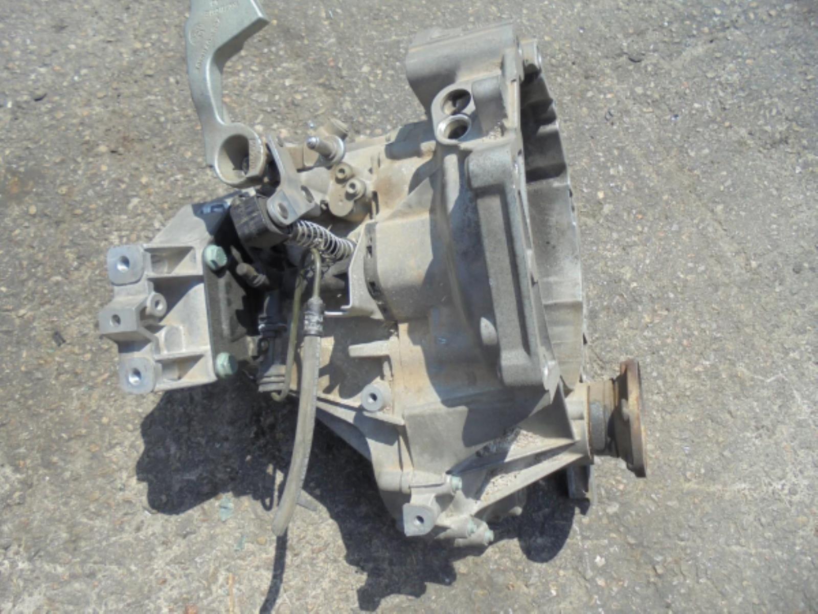 Εικόνα από Σασμάν 2WD  Χειροκίνητο  VW GOLF 5 (2004-2008) 1600cc BSE   5 τάχυτο